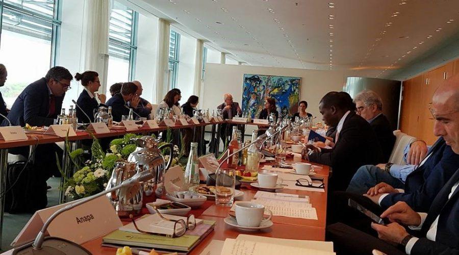 Experten Treffen im Bundeskanzleramt in Berlin